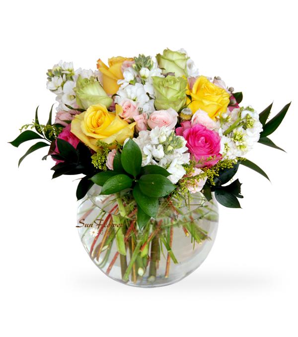 bowl of roses birthday flowers in Enaston, IL.